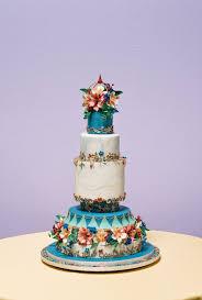 new hampshire cake decorator takes grand national wedding cake top