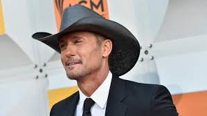 tim mcgraw fan club tim mcgraw collapses on stage during ireland performance nbc 10
