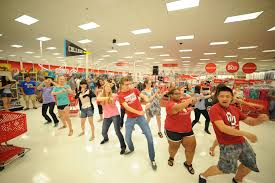 black friday target leesburg ou students take advantage of target u0027s u201cback to college u201d shopping