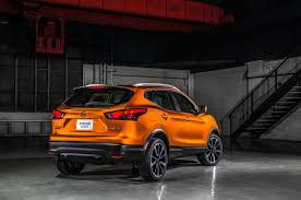 nissan rogue back seat nissan releases 2017 rogue sport five seat crossover pricing