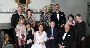peerage pressure left calls for abolition of monarchy