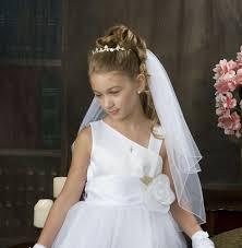 Hochsteckfrisurenen Hochzeit Mit Diadem Und Schleier by Kinderfrisuren Für Madchen Kommunion Halboffen Diadem Schleier