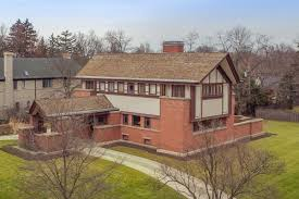 prairie style home updated 1903 prairie style home in illinois asks 1 25m curbed