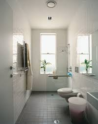 Simple Bathroom Ideas For Small Bathrooms Best 25 Narrow Bathroom Ideas On Pinterest Small Narrow
