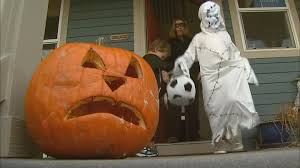 halloween city littleton co top neighborhoods to trick or treat in denver cbs denver
