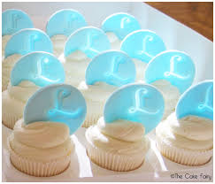 monogram cupcake toppers how to make easy monogram toppers cakewhiz