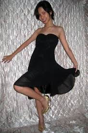 black dresses gold peep toe heels gold pendant trends necklaces