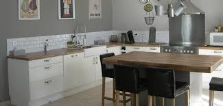 image credence cuisine cuisine optez pour la cré en carrelage déco salle de