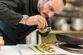 dressage en cuisine dressage minutieux du chef christian buffa picture of le miramar