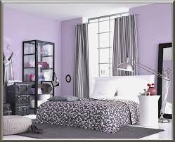 schlafzimmer wnde farblich gestalten braun schlafzimmer farben schrage wande kazanlegend info