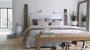 style deco chambre une déco de style maison de famille dans la chambre aubergines