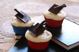 white chocolate mud graduation cupcakes u2013 bakerholics anonymous