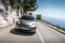 nissan leaf lease deals battery boost for 2016 nissan leaf increases range by 25 by car