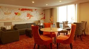 amenities waterfront hotels