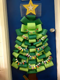 Paper Christmas Ornament Crafts 21 Teachers Who Nailed The Holidays Christmas Classroom Door