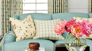 choose right pillows for a sofa southern living