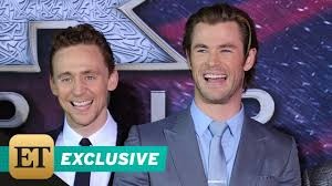 exclusive thor ragnarok tom hiddleston jokes thor is u0027lucky