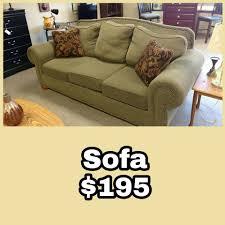 sofa maãÿe hometown furniture showroom home