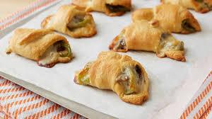 quick easy crescent appetizer recipes and ideas pillsbury com