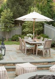 Backyard Stone Ideas by Best 20 Bluestone Patio Ideas On Pinterest Slate Patio Outdoor