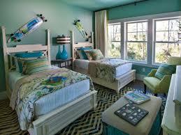 couleurs de chambre chambre enfant association couleurs chambre enfant idee lit