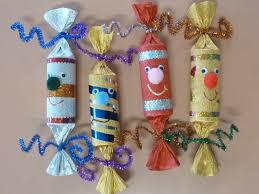 bricolage noel avec rouleau papier toilette amiscol les friandises de noël crackers et sucres d u0027orge