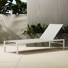 Modern Deck Furniture by Best 25 Modern Outdoor Chaise Lounges Ideas On Pinterest Modern