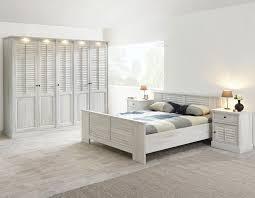 chambre adulte bois chambre contemporaine bois blanc hcommehome