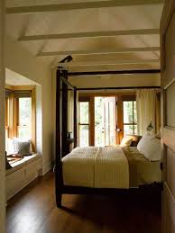 Windowseat Inspiration Bedroom Small Traditional Triangular Roof Bedroom With Bay Window
