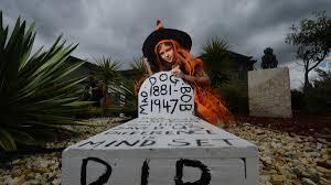 bendigo gets into the halloween spirit bendigo advertiser