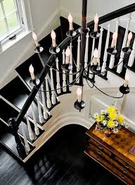 Best Paint For Stair Banisters Un Angle Différent Hall D U0027entrée Black Staircase White