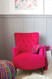 fuschia chair the fuchsia chair that will make your heart stop decorchick