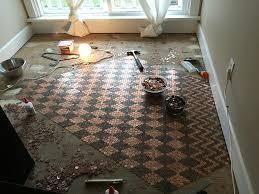 Bathroom Floor Pennies Woman Uses 13 000 Pennies To Renovate Old Floor And Turn It Into