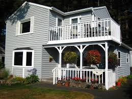 charming four bedroom two story home homeaway cannon beach