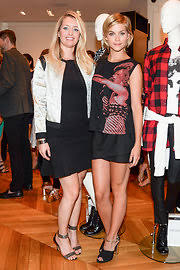 joyann king last night s parties dvf hosts an event in honor of natalie joos