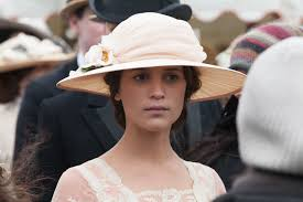 Alicia Vikander Robot Movie by Alicia Vikander Chooses Bourne 5 Over Assassin U0027s Creed Collider
