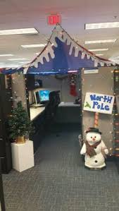Cubicle Decoration Themes For Christmas And New Year by Christmas Door Decorating Ideas Holiday Door Classroom Decor