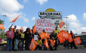 siege social bricorama villiers des salariés de bricorama manifestent le parisien