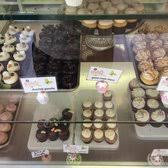 misha u0027s cupcakes 101 photos u0026 79 reviews bakeries 18797