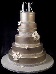 fondant cake fondant drape wedding cake 798723 weddbook