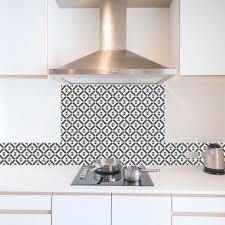 credence cuisine imitation cuisine imitation carreaux de ciment fond de hotte sur mesure 99