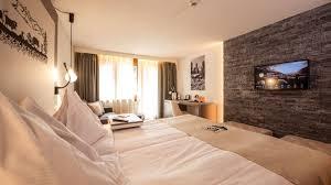 chambre familiale swiss style chambre familiale hôtel daniela zermatt