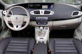 renault fluence 2010 renault scenic 1 9 2010 review specifications and photos