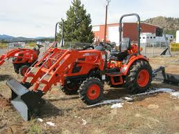 24hp compact tractor ck2510 with loader and rear blade