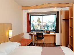 chambre pas cher amsterdam cheap hotel amsterdam stopera ibis in the city centre