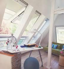 Schlafzimmerschrank Zu Verschenken Stuttgart Spitzboden Dachboden Dachflächenfenster Fenster Büro