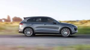 porsche suv turbo the 2017 porsche cayenne turbo s at 170 mph finally makes sense