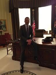 Desk In Oval Office by Clifton Davis On Twitter