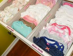 organiser chambre bébé organiser les affaires de bébé organiser la commode commodes et