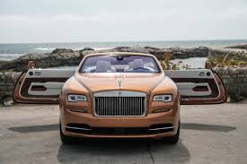 roll royce rolsroy 10 reasons the rolls royce dawn is absolutely worth 400 000 maxim